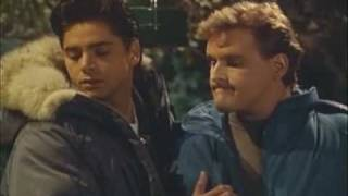 Full House - Jesse And Joey Spot A Skunk & \