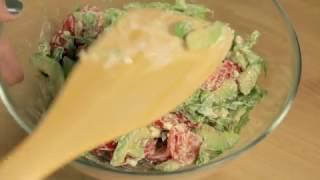 Как приготовить ресторанный салат с рукколой и авокадо | Простой и быстрый рецепт
