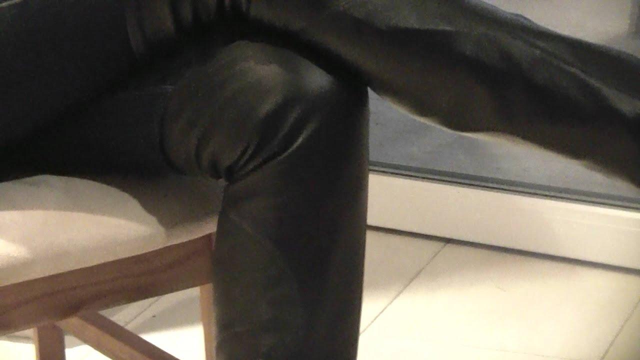 victoria tr gt schwarze plateau overknee stiefel mit hohen abs tzen und schlankem schnitt youtube. Black Bedroom Furniture Sets. Home Design Ideas