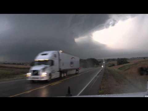 RAW VIDEO:  Moville / Correctionville, IA Tornado Chase - 10/4/13