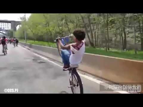 Auntie Band Bawak moto basikal jangan laju2