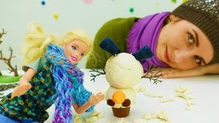 Видео для девочек: Идем гулять с Барби и лепим снеговика
