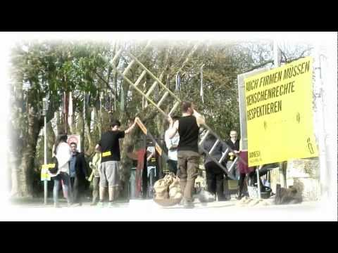 Amnesty International Switzerland street action: rights without borders