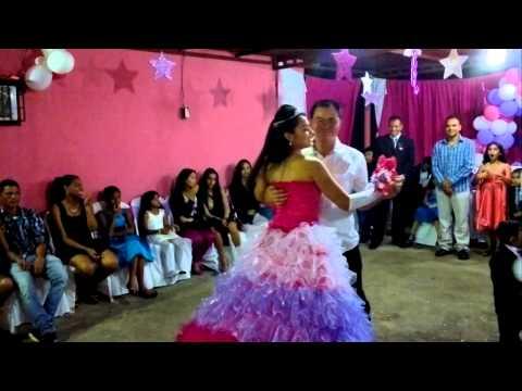 LOS 15 AÑOS DE JHOSELYN BARRETO MAYTA