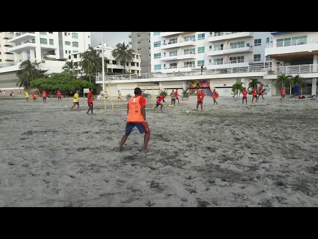 En la playa Los Cocos la Tricolor prepara su sueño sudamericano