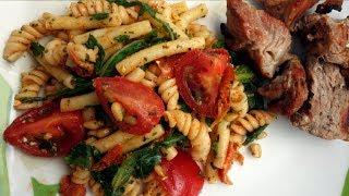 Салат с лапшой по итальянскому рецепту, ароматный и очень вкусный