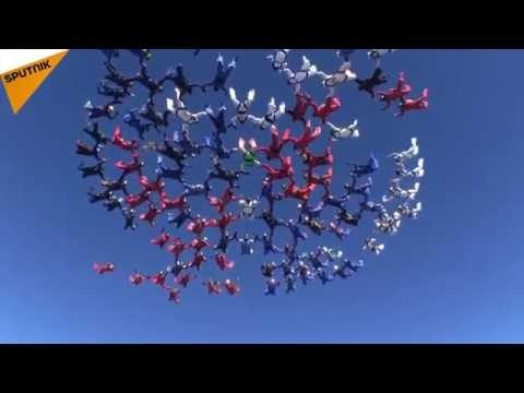 Sky Masters: 106 Russian Daredevils Set New Skydiving Record