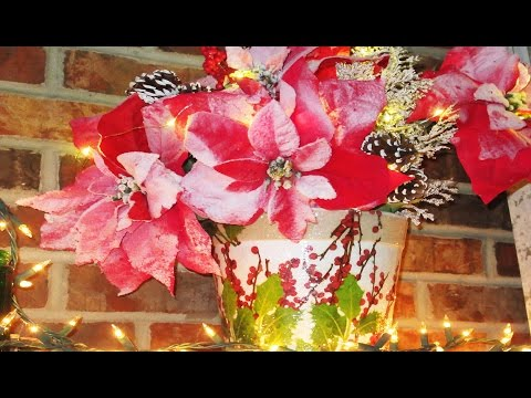 how to Terra Cotta Planter for Christmas Centerpiece Decoupage