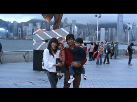 Keseruan Andre taulany dan Keluarga di Avenue of stars hongkong dan Disneyland Hongkong