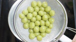 Pandan Tang Yuan (Glutinous Rice Balls)
