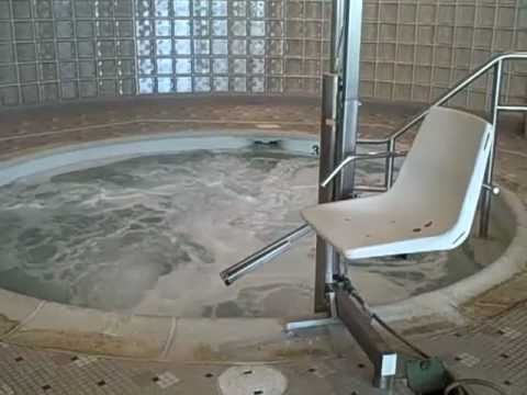 Bien-aimé LA Fitness Club Easton, PA Hot tub - YouTube HY08