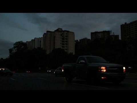 Venezuelans struggle to survive in nationwide power outage