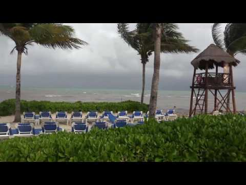 Footage of Hurricane Earl in Mexico (almost) - August 2016