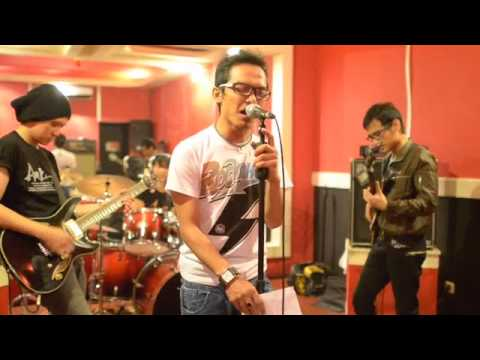 Wali - Aku Bukan Bang Toyib (Orange Criminal Cover)