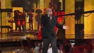 Tairon canta 'La Bikina' en Yo Soy El Artista (VIDEO)