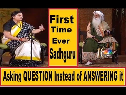 Sadhguru conversation with Smriti Irani Sadhguru asking question instead of answering