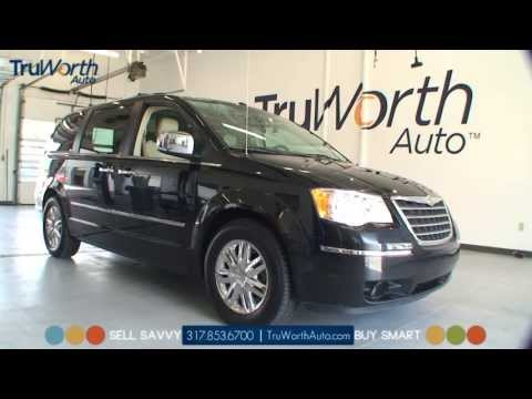2008 Chrysler Town & Country - Clean CARFAX - Touch Screen Navigation