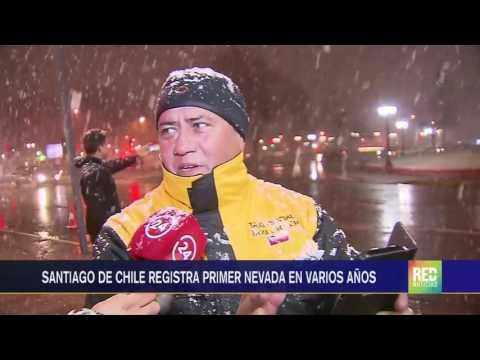 RED+ | Santiago de Chile registra primera nevada en varios años