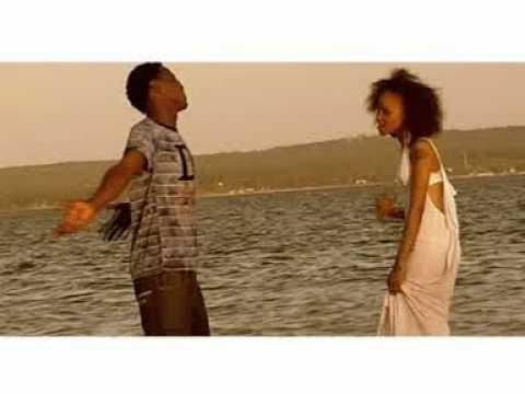 Nipe nafasi (Video) - Alpha ft Saynag ft Chombo.mpg