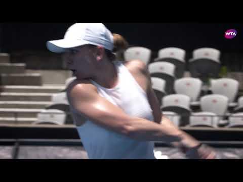 World No.1 Simona Halep practices in Sydney