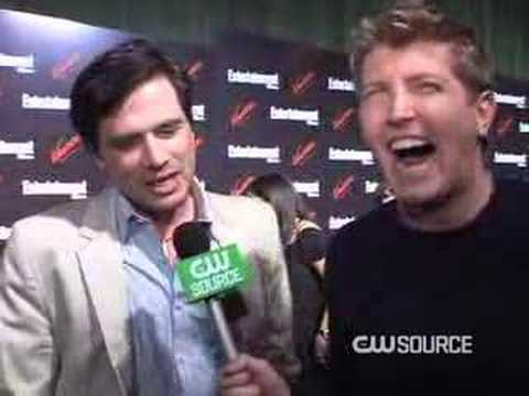 Jason C. Talks to Matthew Settle at the EW Party