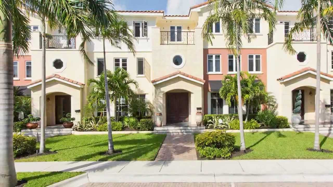Beautiful 3 Story Luxury Townhome with Guest House and