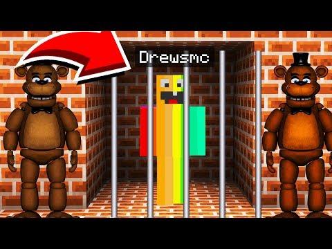 Minecraft : ESCAPING FREDDY FAZEBEARS PRISON! (Ps3/Xbox360/PS4/XboxOne/PE/MCPE)