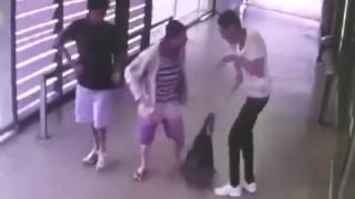 Guy Waiting on The Train Stabbed - Caught on CCTV