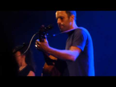Jack Johnson - Don't believe a thing I say @ L'Olympia (Paris)