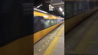 近鉄大阪線 桔梗が丘駅 特急通過
