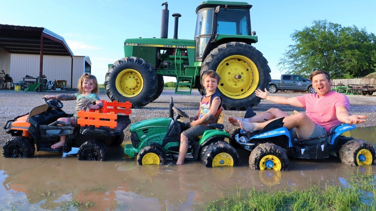 Which kids tractor is the best in the mud | Tractors for kids on the farm