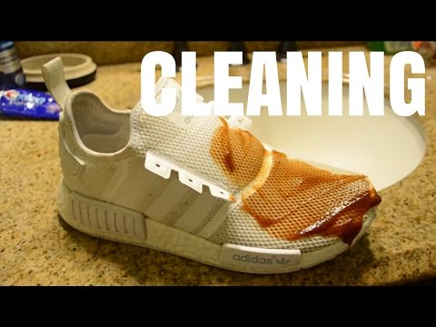 How to Clean Adidas Triple White Nmd R1