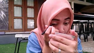 Tutorial Make Up for Campus ala Restyadis. Simple and Natural 😉