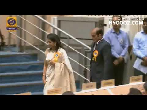 Akshaye Khanna & mother receives National Award for late Vinod Khanna