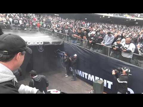 Oakland Raiders entrance into the Black Hole!! HD!