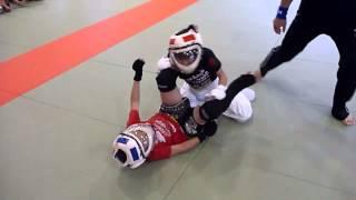 このビデオの情報全日本ジュニア総合格闘技選手権大会 渡辺大虎VS船田侃志.