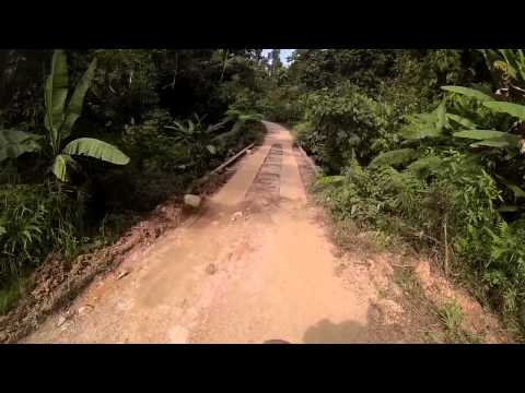 Road to Port Barton