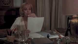 Modelo Antiguo trailer película clip