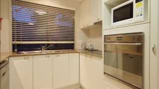 Coombabah House For Sale : 41 Cartagena Lane, Runaway Lagoons, Coombabah QLD