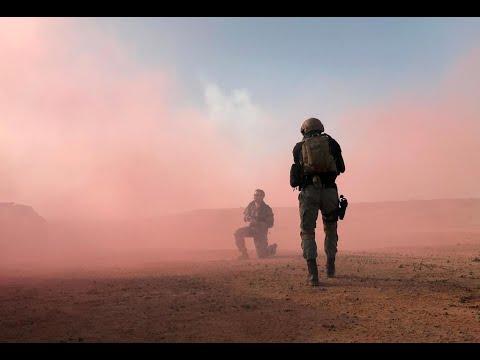 """Au Niger, """"63 terroristes"""" et 25 personnes tués dans l'attaque d'un camp de l'armée"""