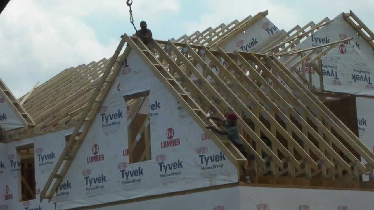 Lifting A Roof Truss Youtube