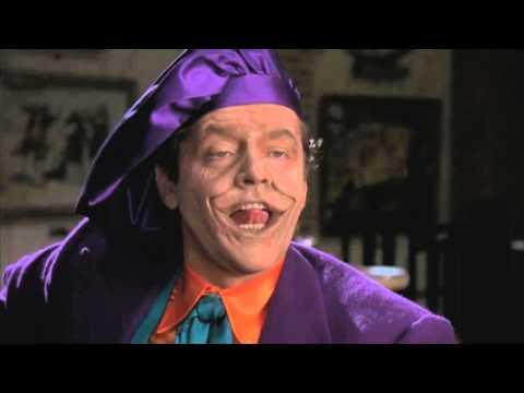 Batman (1989) Clip 6 Latino -¿Crees que soy Guasón?