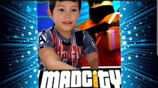 Jugando ROBLOX Mad city | En las aventuras de Liam y Juan🎮