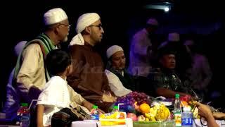 Download Video Aaajiiiibb... lagu harlah mahage  dibawakan oleh azzahir MP3 3GP MP4