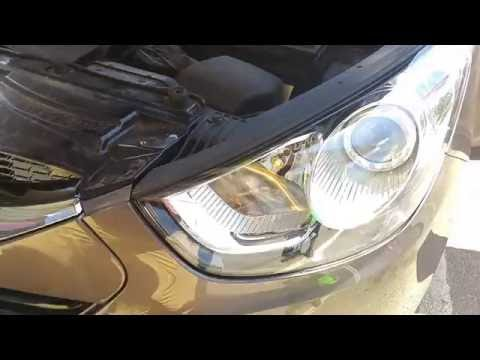Hyundai ix35 Tucson Replacing Parking Lights