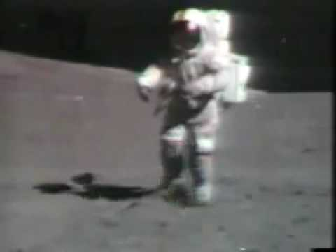 Uzayda düşen astronot süper
