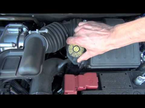Maita Nissan Service Tip: Brake Fluid Check - YouTube