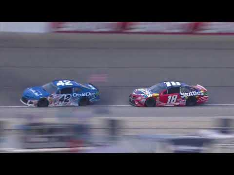 Kyle Busch and Kyle Larson beat and bang to the finish