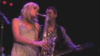 "Mindi Abair Performs ""Bloom"" Live at the Canyon Club"