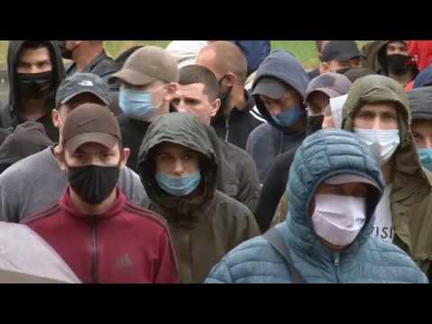 Телеканал «Дитинець»: Під стінами обласної поліції активісти висловлювали своє невдоволення діями правоохоронців